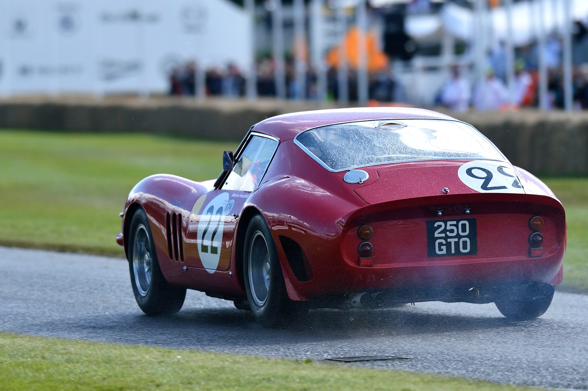 1963 ferrari 250 gto sells for 52 million. Black Bedroom Furniture Sets. Home Design Ideas