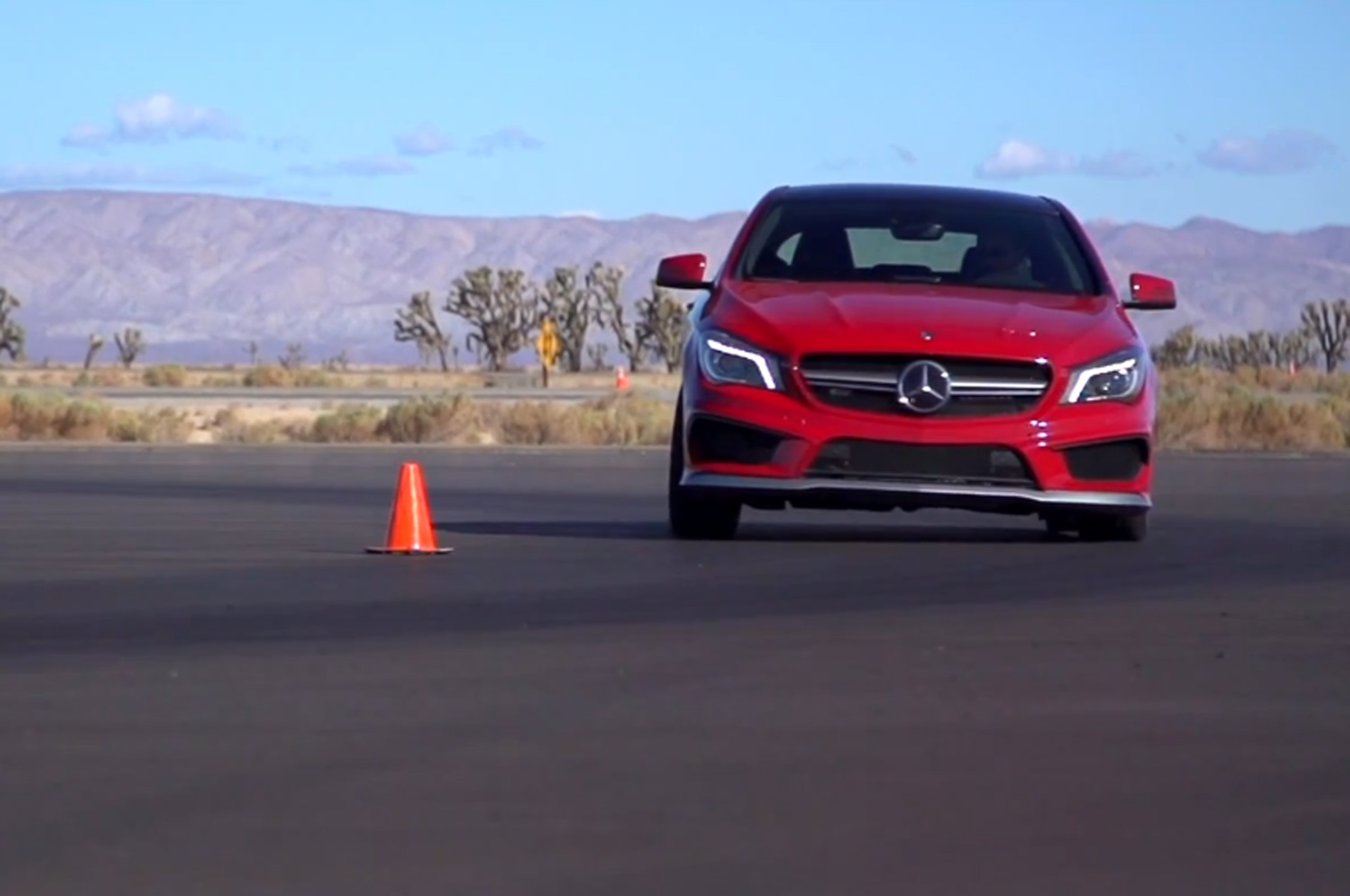 Mercedes Cla45 Amg Video 11