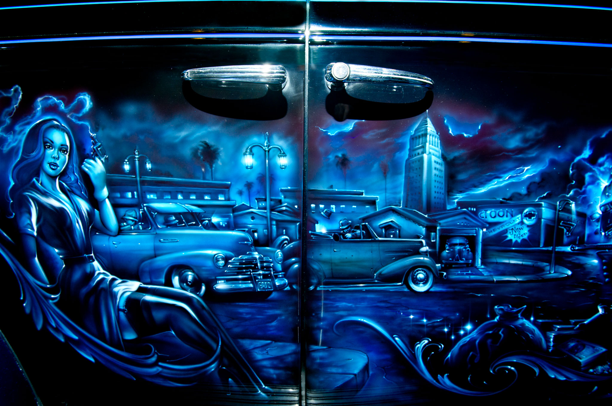 Mister cartoon modern muralist automobile magazine for Airbrush car mural