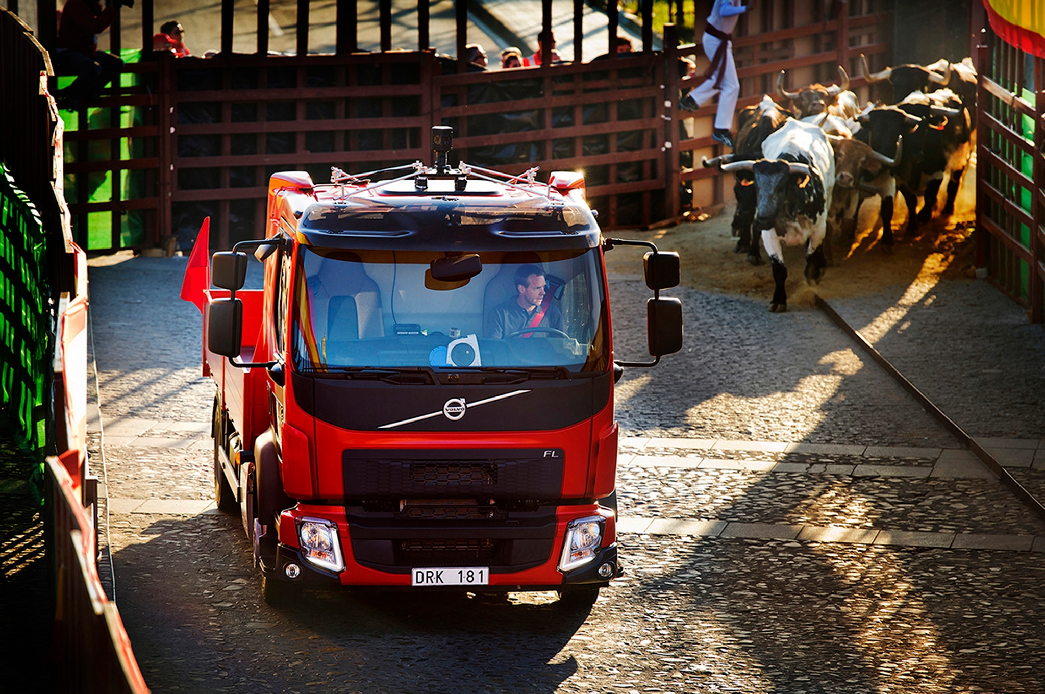 Volvo Truck Bulls 22