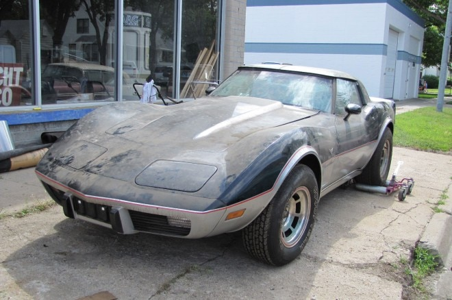 1978 Chevrolet Corvette Indianpolis 500 Pace Car 660x438