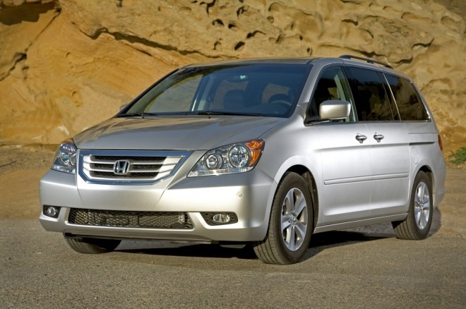 2008 Honda Odyssey Touring Left Front Angle1 660x438