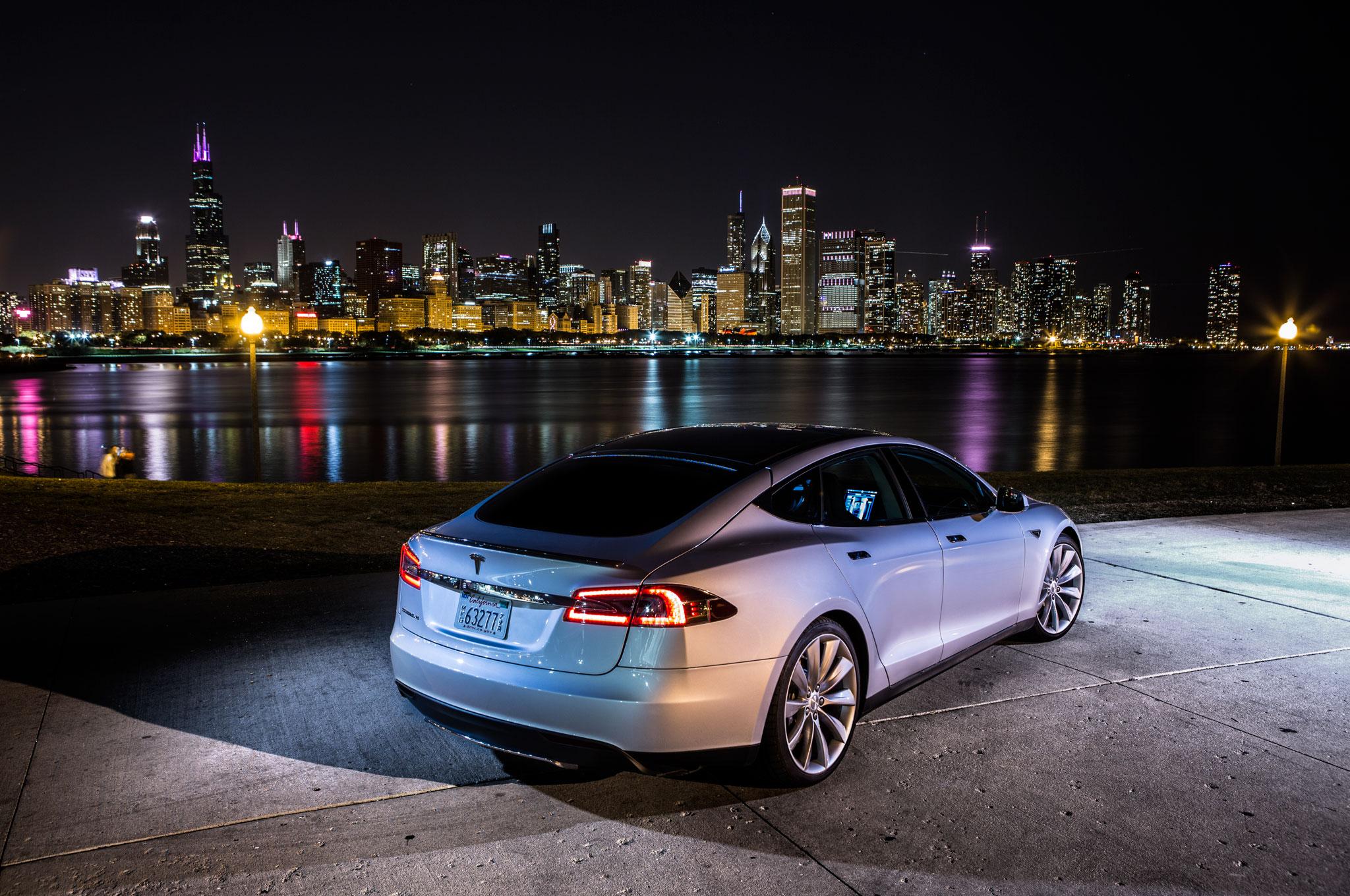 2013 Tesla Model S1