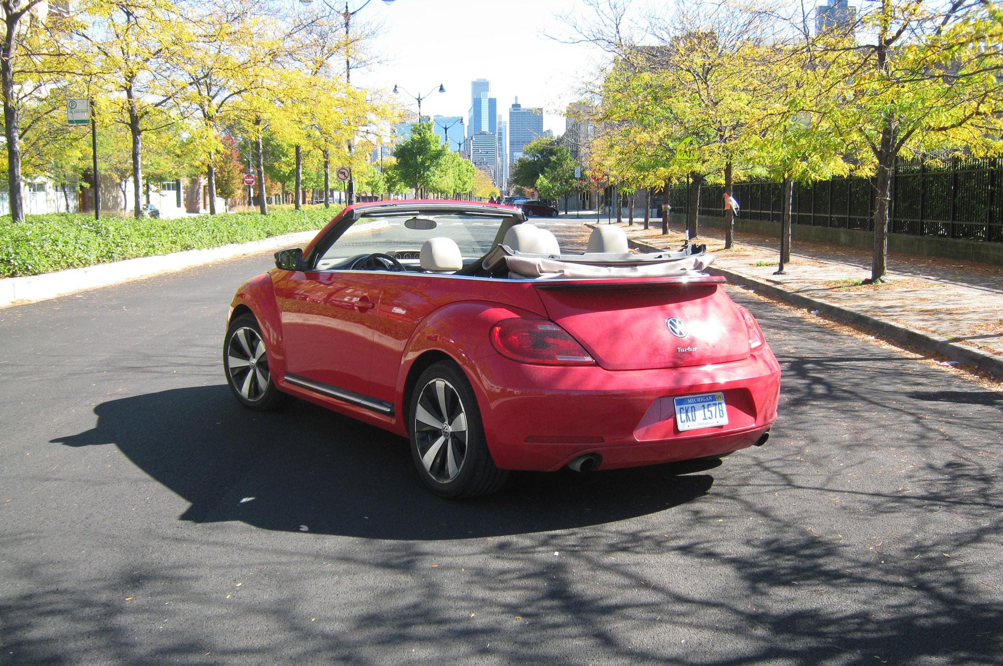 2013 Volkswagen Beetle Turbo Convertible Rear Left View1
