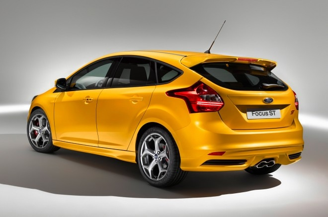2013 Ford Focus St Orange Rear1 660x438