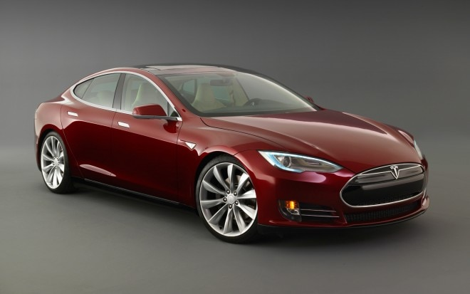 2013 Tesla Model S Red Front Angle1 660x413