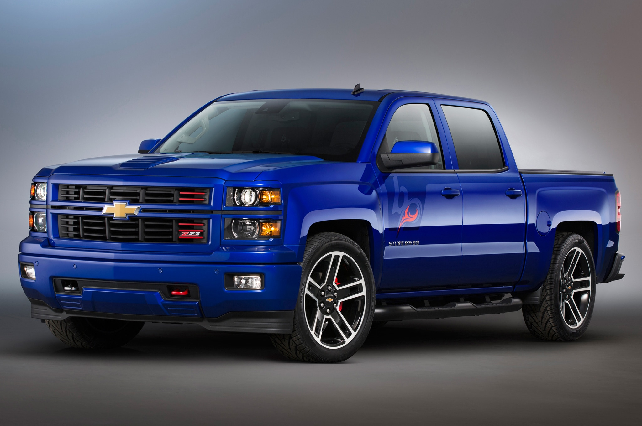 sema 2013 chevrolet rolls out customized 2014 silverado 2015 tahoe trucks. Black Bedroom Furniture Sets. Home Design Ideas