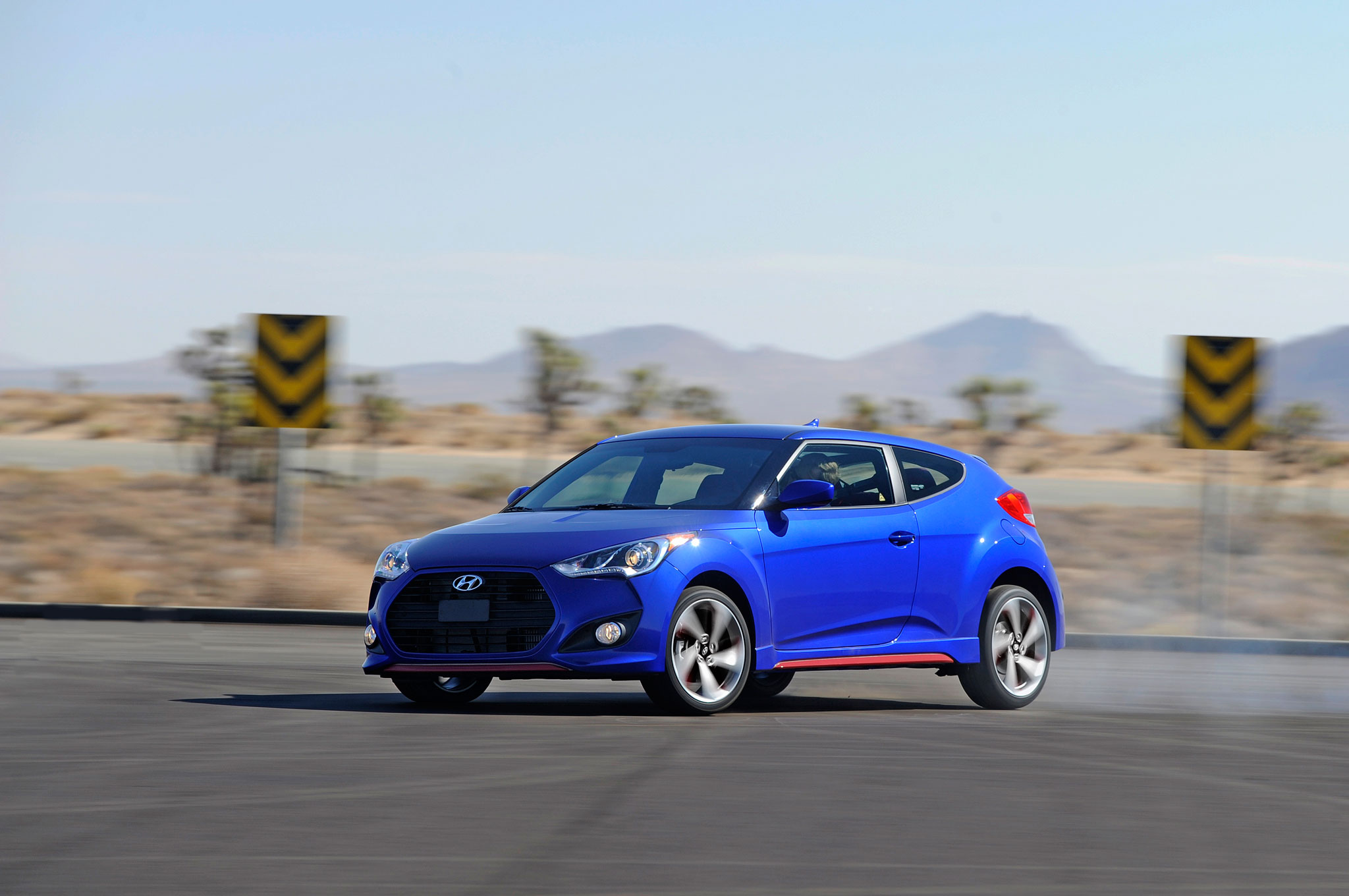 2014 Hyundai Veloster Turbo R Spec Revealed At 2013 Los