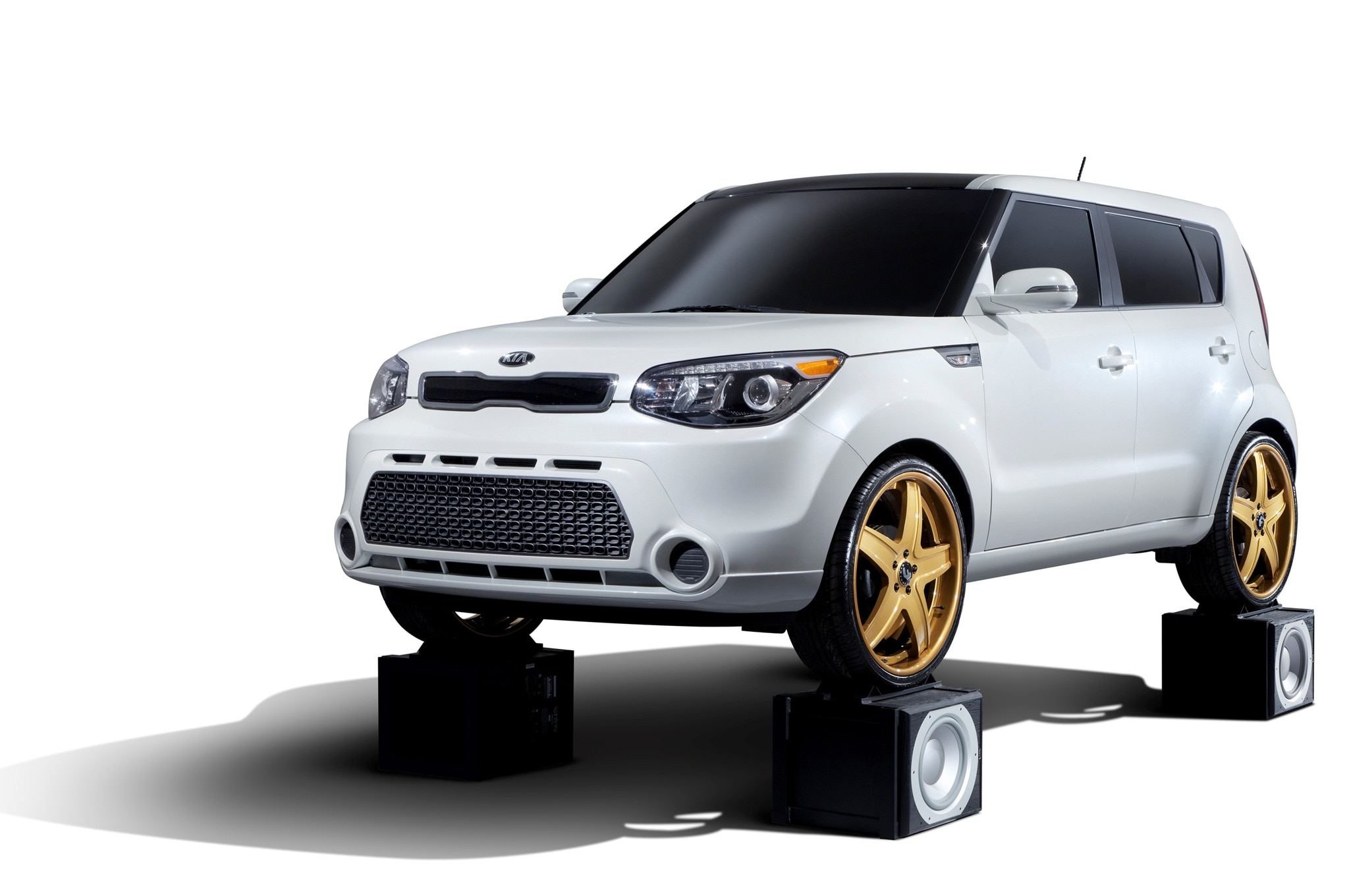 sema 2013 2014 kia soul concepts feel the music. Black Bedroom Furniture Sets. Home Design Ideas