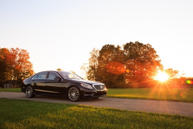 2014 Mercedes Benz S550 Front Three Quarter View1 660x440