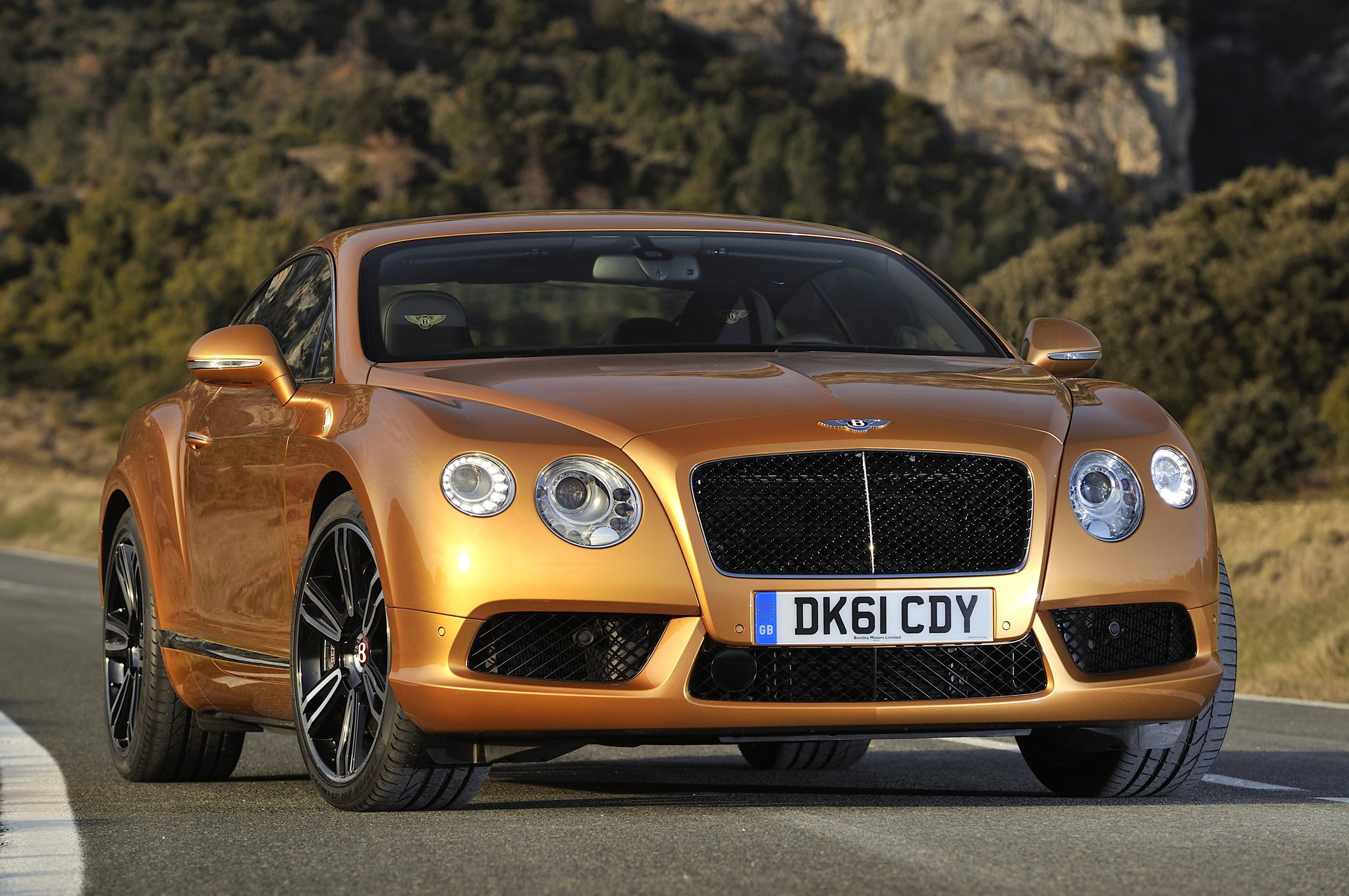 2014 Bentley Continental Gt Front1