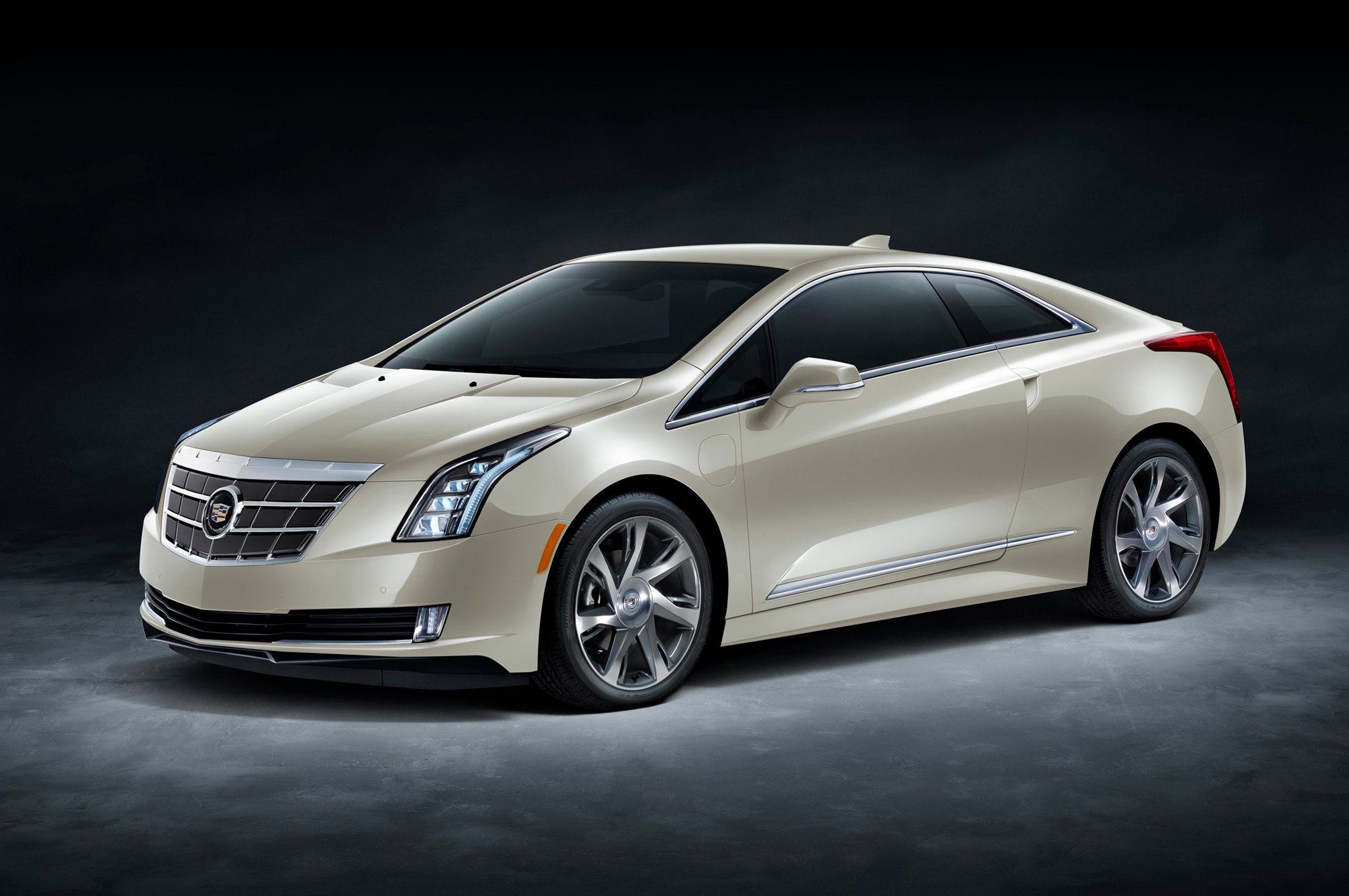 2014 Cadillac Elr Saks Fifth Ave Edition1