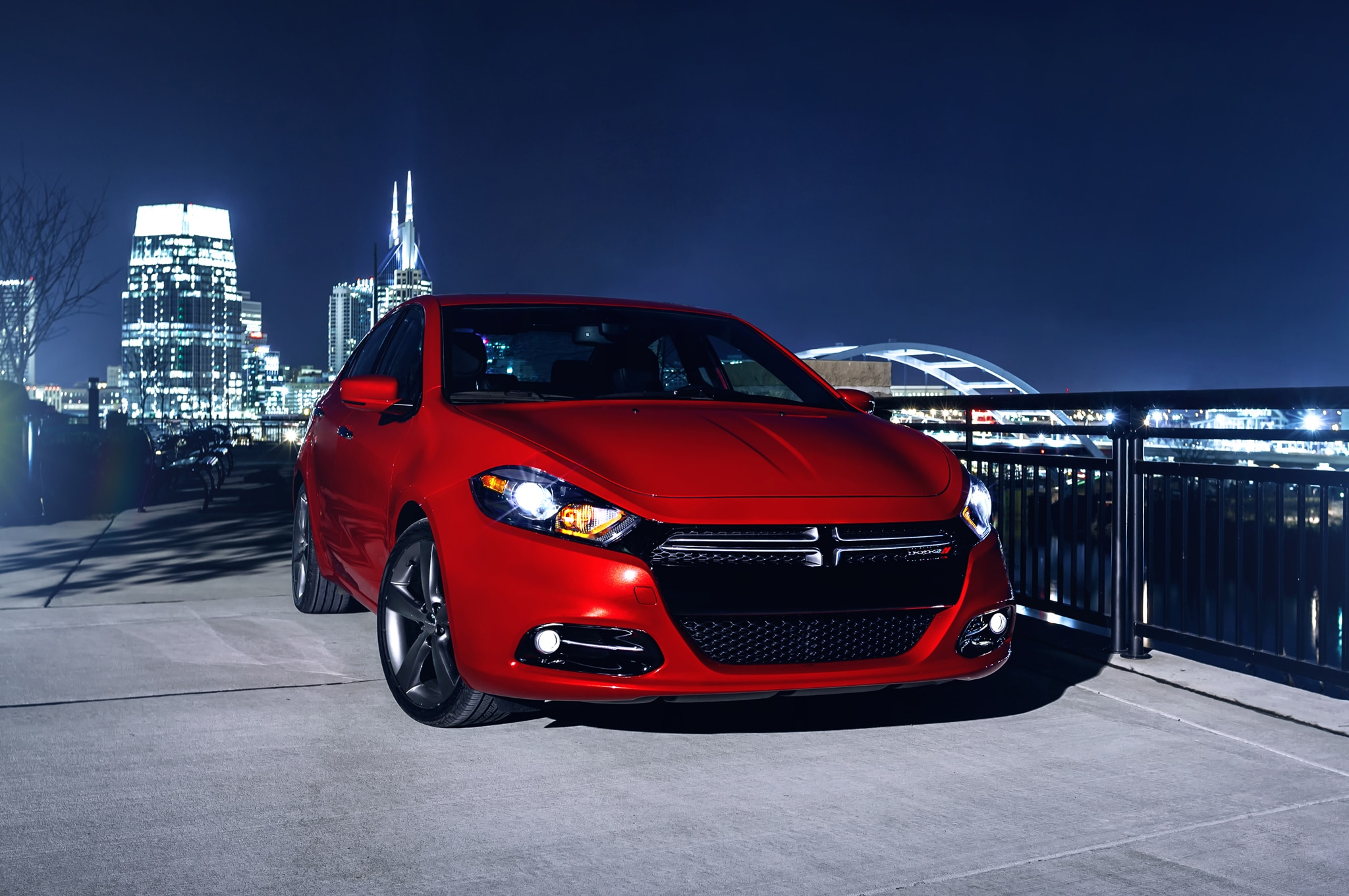 2014 Dodge Dart Right Front Angle1