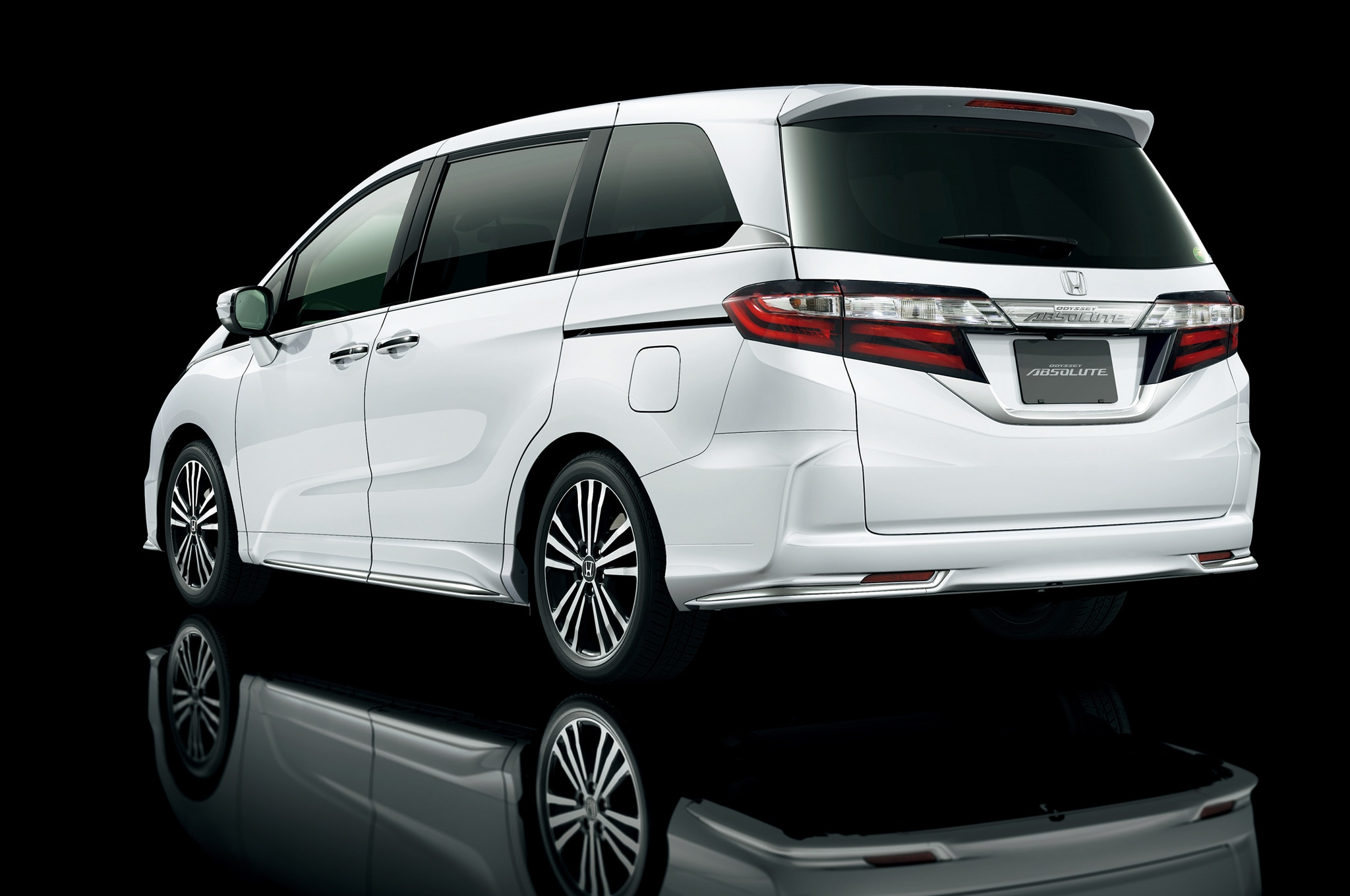 japanese market honda odyssey revealed. Black Bedroom Furniture Sets. Home Design Ideas