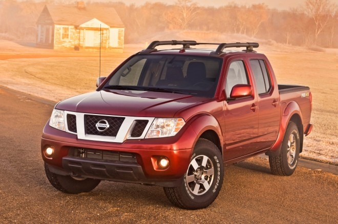 2014 Nissan Frontier Pro4x Front Angle1 660x438