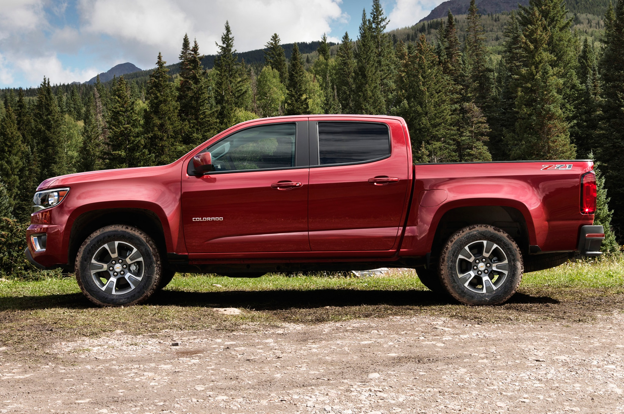 2015 chevrolet colorado marks six generations of small chevy trucks. Black Bedroom Furniture Sets. Home Design Ideas