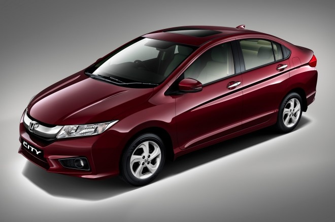 2015 Honda City Fit Sedan Front Three Quarters View1 660x438