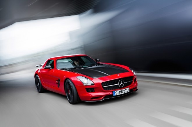 2015 Mercedes Benz SLS AMG GT Final Edition Front Three Quarter In Motion1 660x438