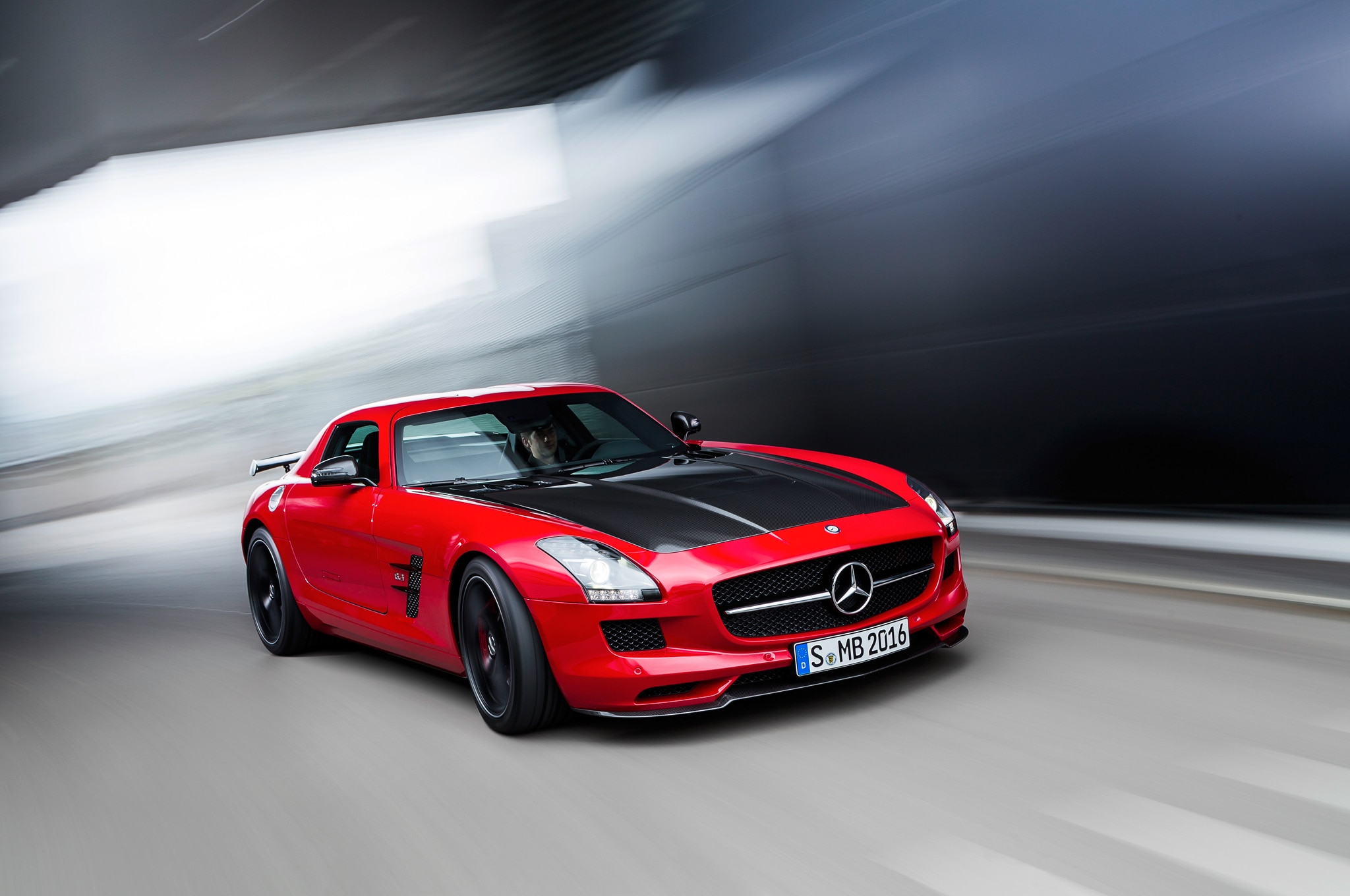2015 Mercedes Benz SLS AMG GT Final Edition Front Three Quarter In Motion1