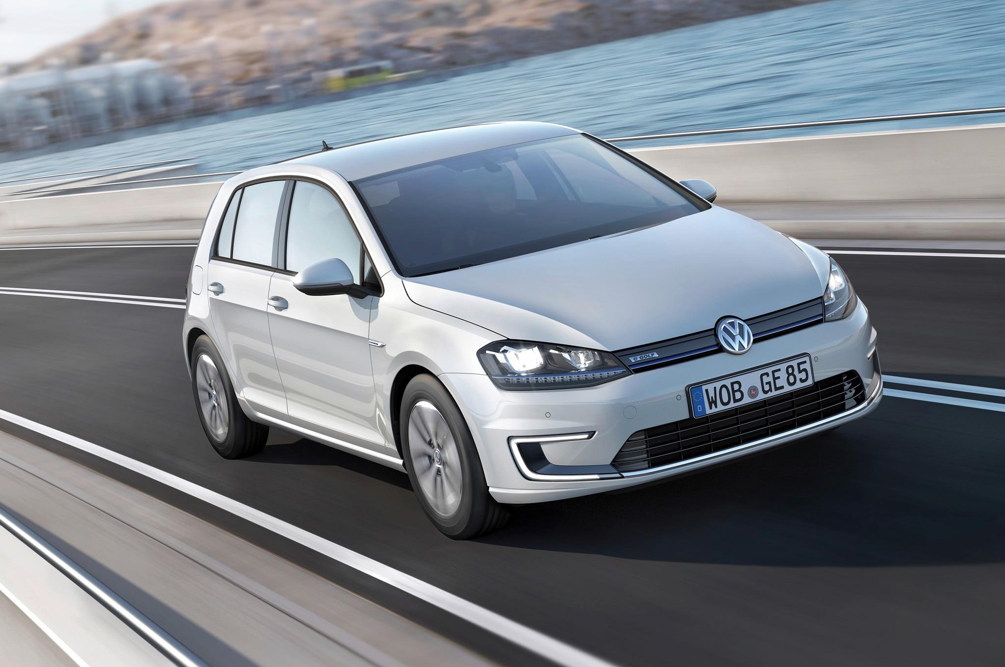 2015 Volkswagen E Golf Front Three Quarters