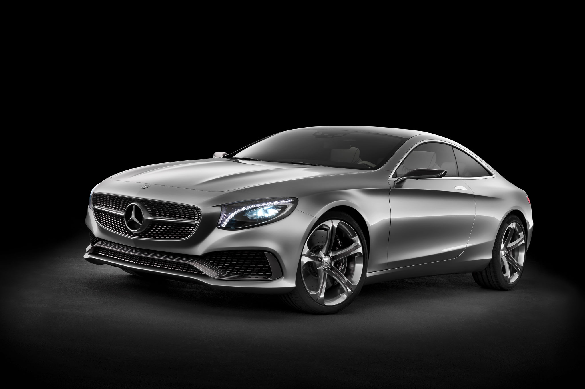 Mercedes Benz Concept S Class Coupe Front Left Side View1