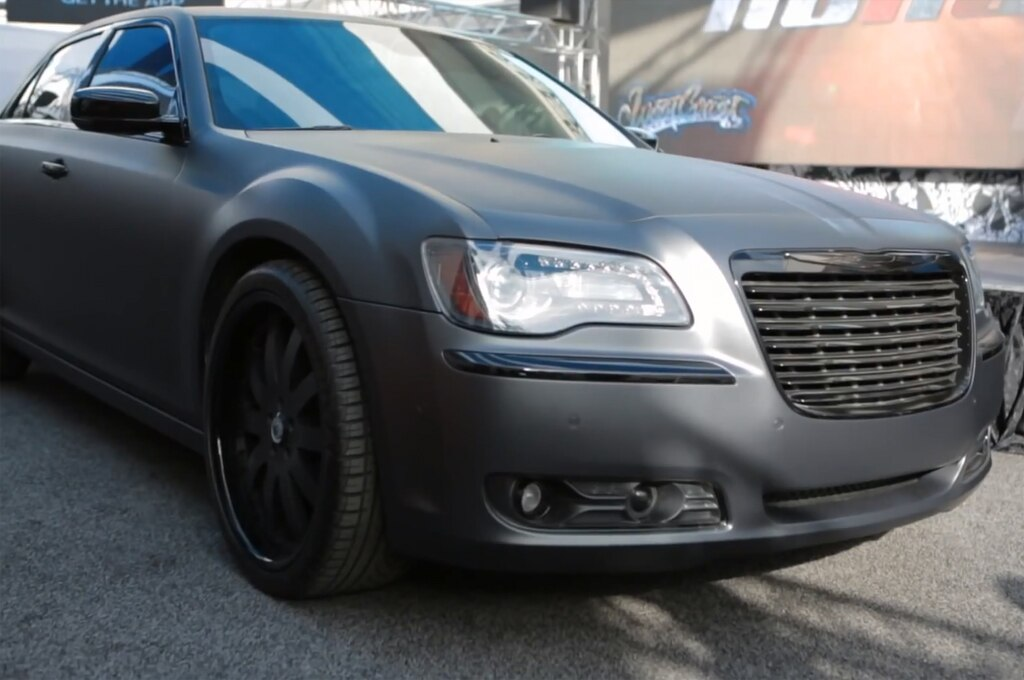 Chrysler 300 S Flat Black Front Angle1