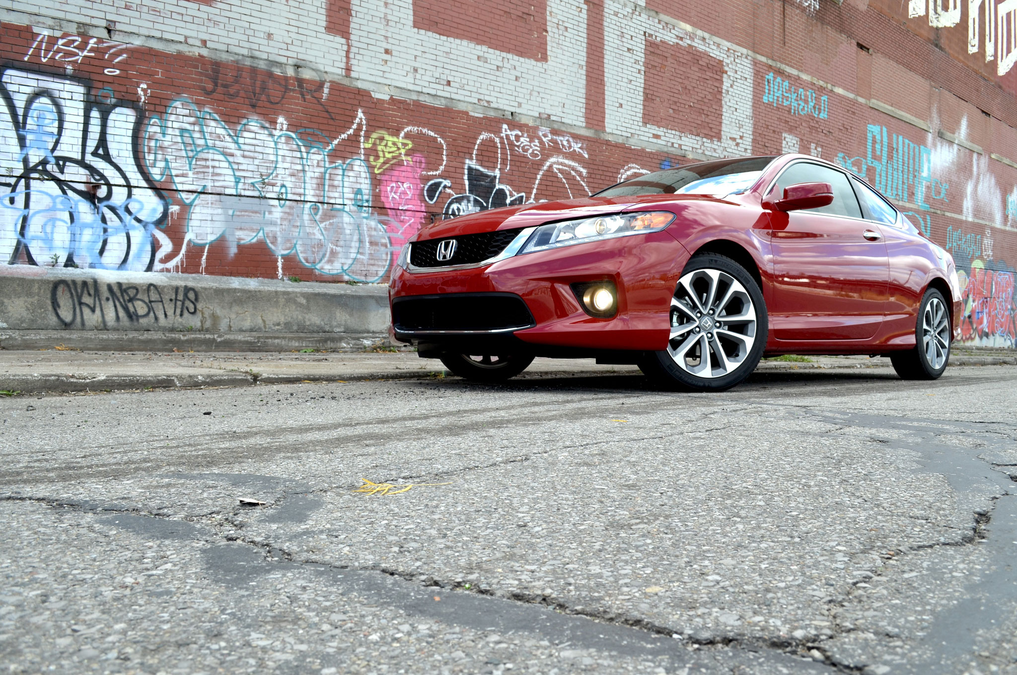2014 Honda Accord EX L V6 Front Left View1