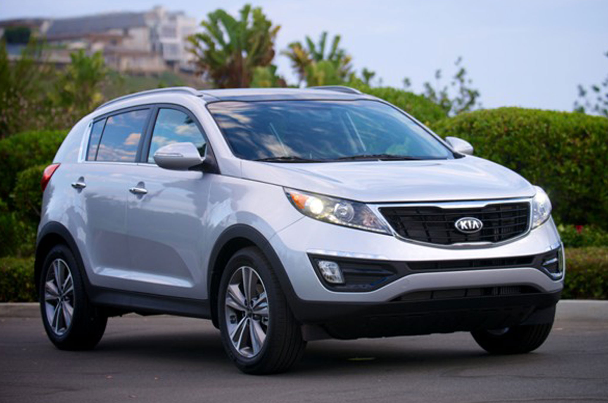 2014 Kia Sportage Front Right Side1
