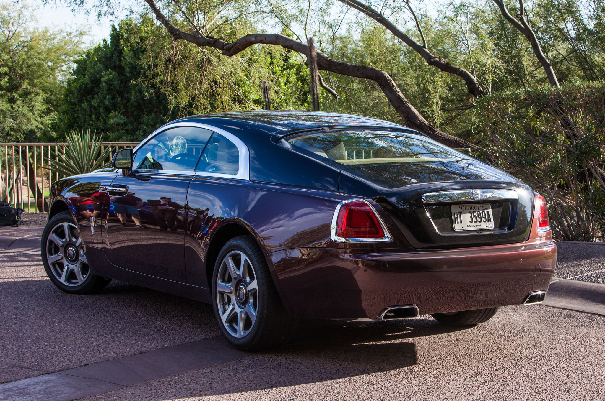 2014 rolls royce wraith review automobile magazine. Black Bedroom Furniture Sets. Home Design Ideas