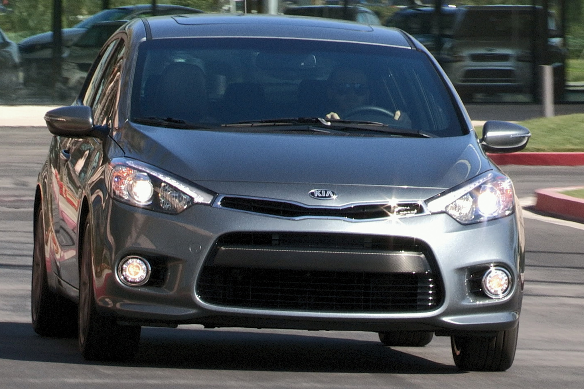 2014 kia forte5 sx review automobile magazine. Black Bedroom Furniture Sets. Home Design Ideas