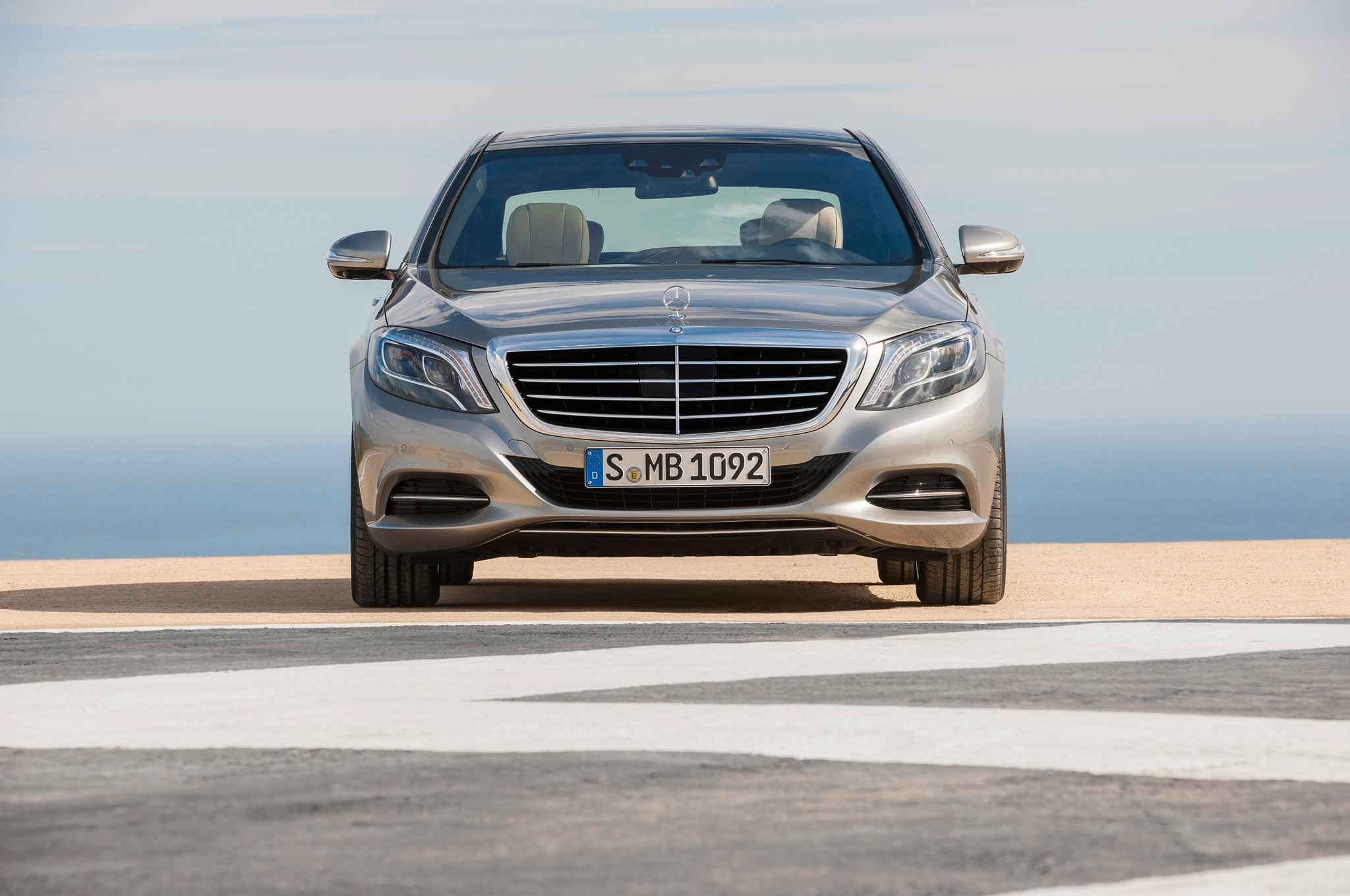 2014 Mercedes Benz S Class Head On1