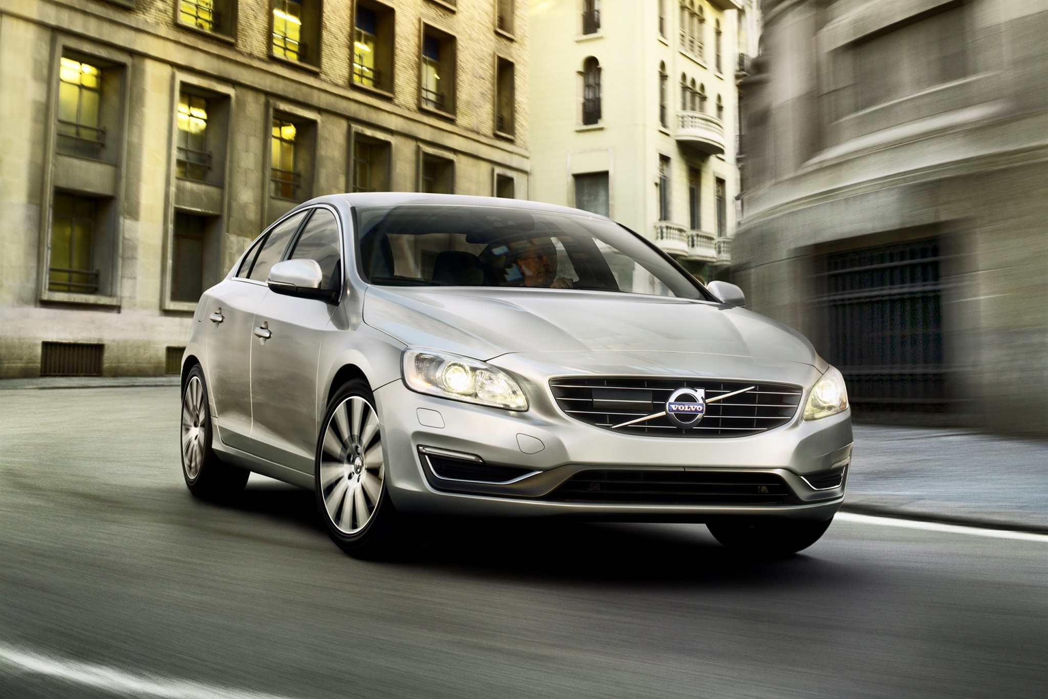 2014 Volvo S60 Three Quarters View 101