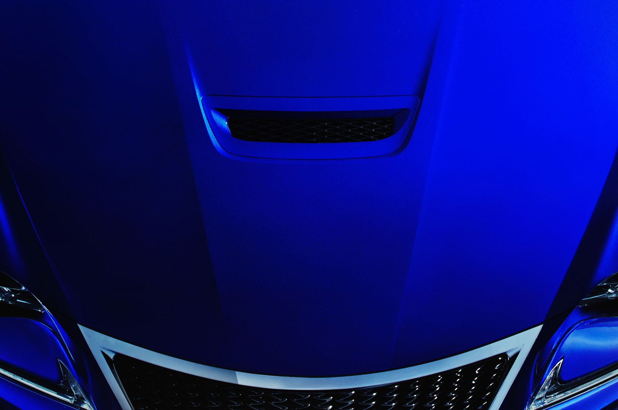 2015 Lexus RC F Hood Vent Teaser1