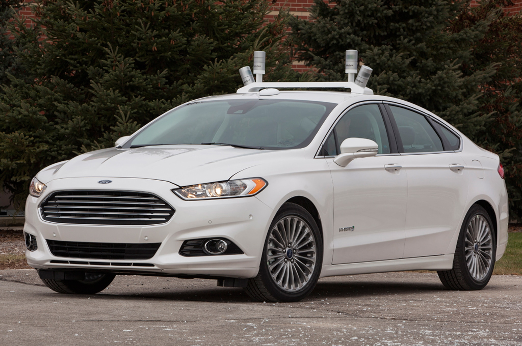 Ford Fusion Hybrid Research Vehicle Front Three Quarter Stationary1