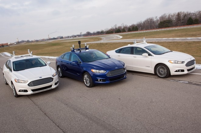 Ford Fusion Hybrid Research Vehicle Trio1 660x438