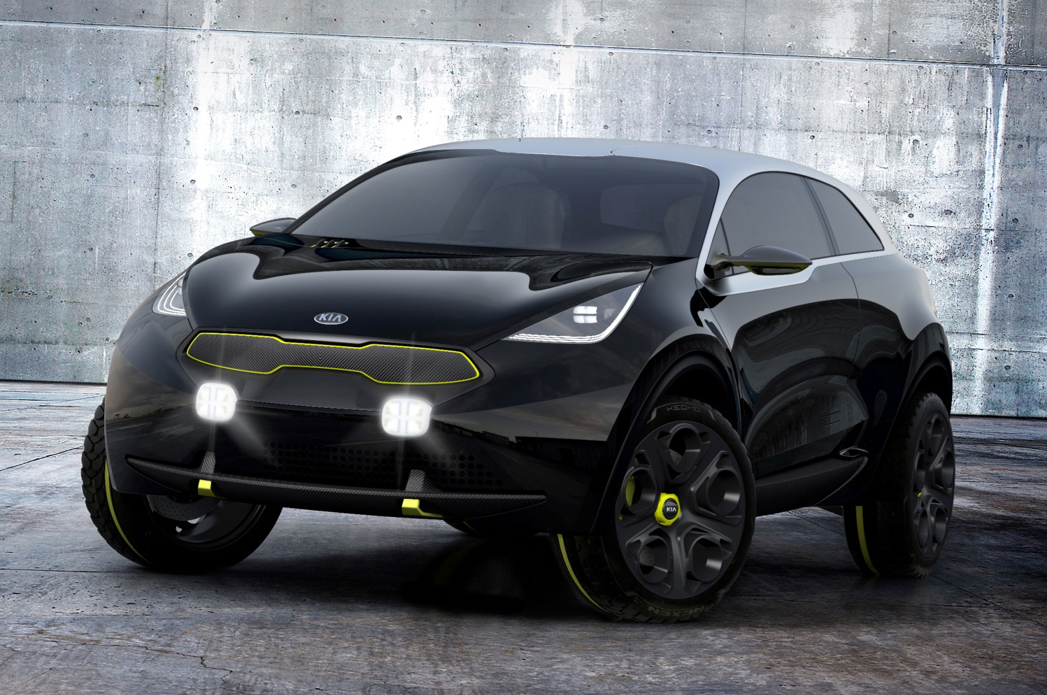 Kia Niro Front Left View1