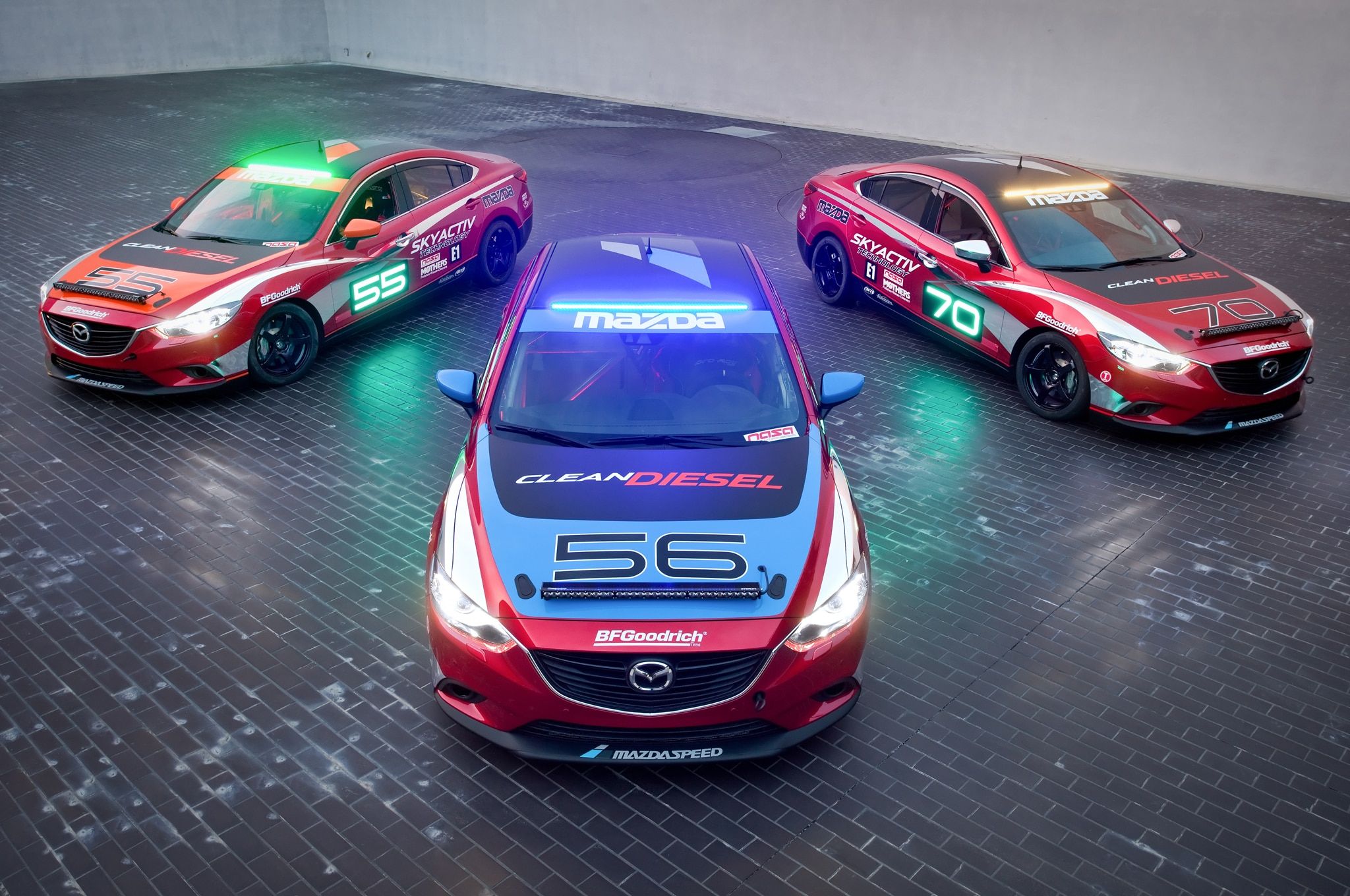 Mazda 6 SkyActiv D Race Car Trio1