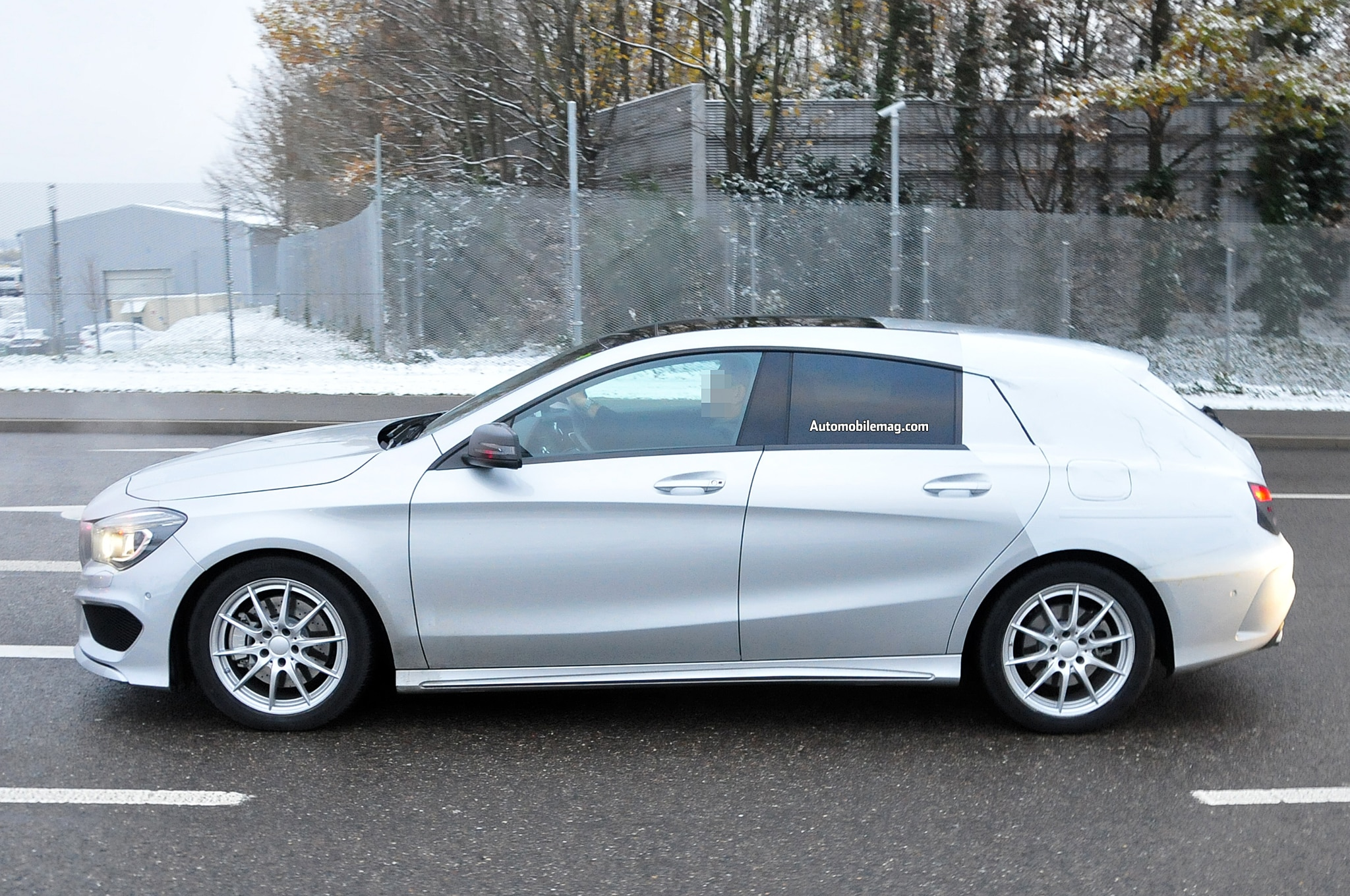 Mercedes Benz CLA Class Shooting Break Spied Profile 21
