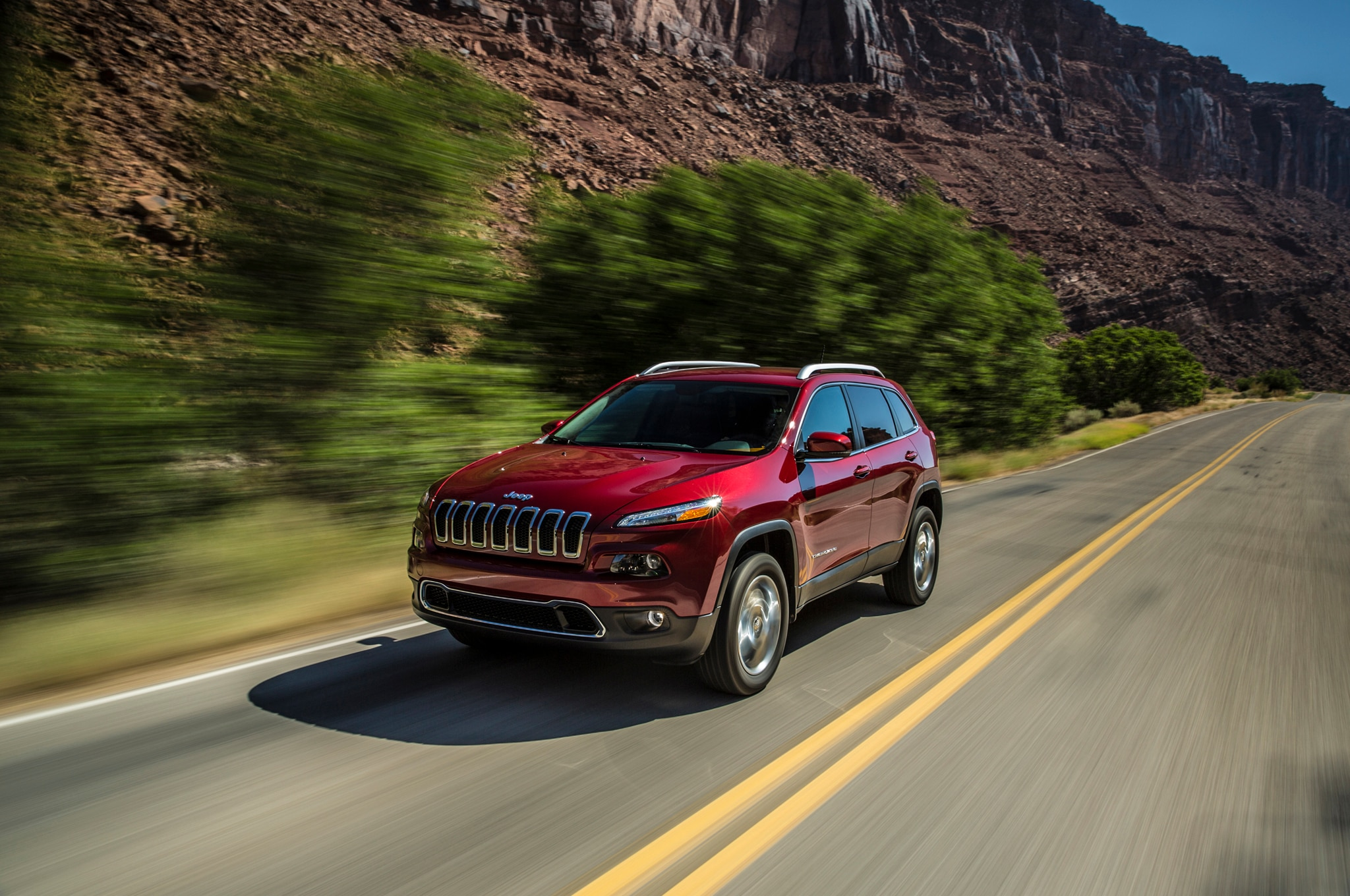 Jeep Cherokee Front Three Quarter1
