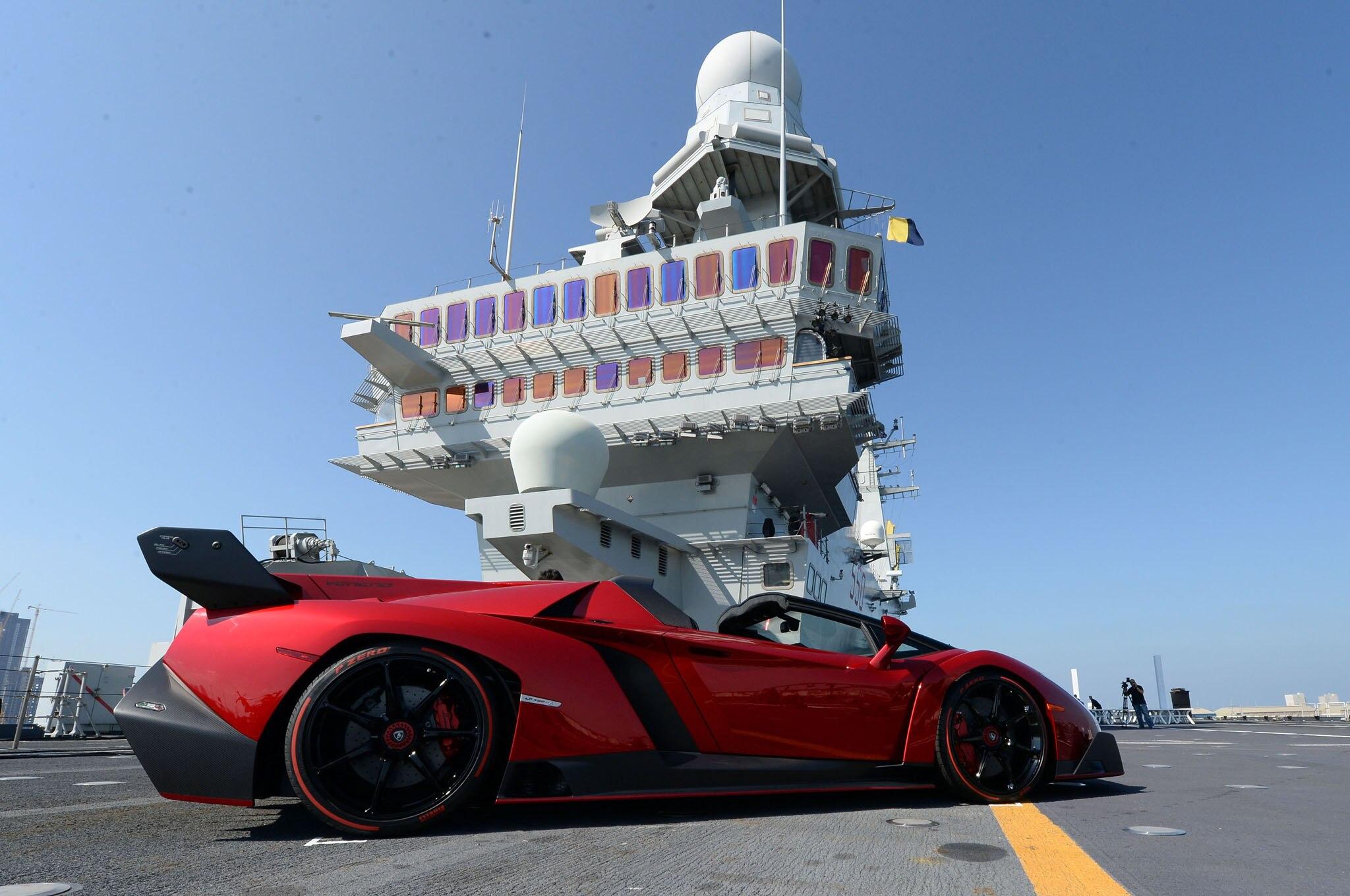 How Much Is Lamborghini Veneno Idee D Image De Voiture