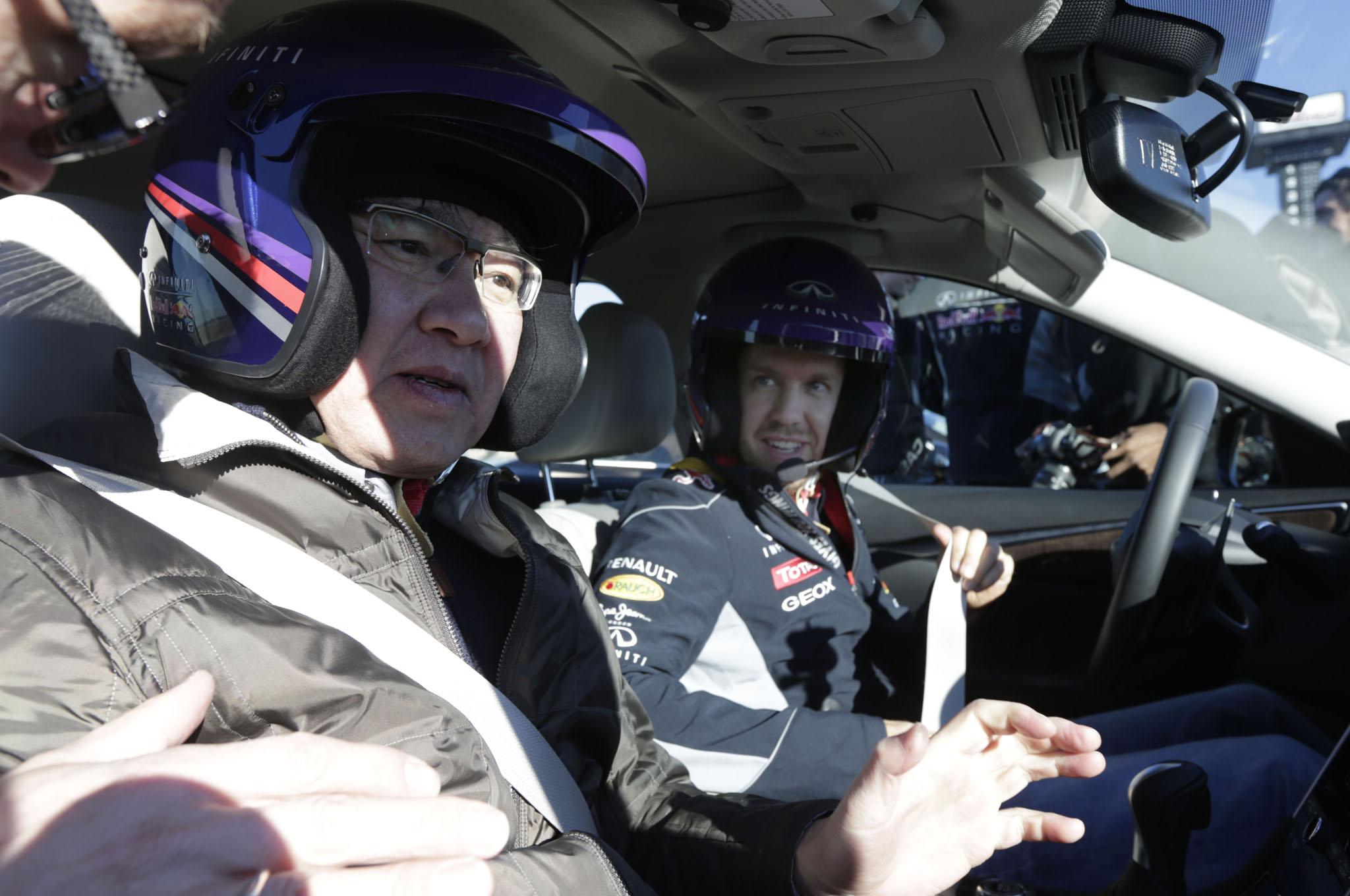 Vettel 2014 Infiniti Q50