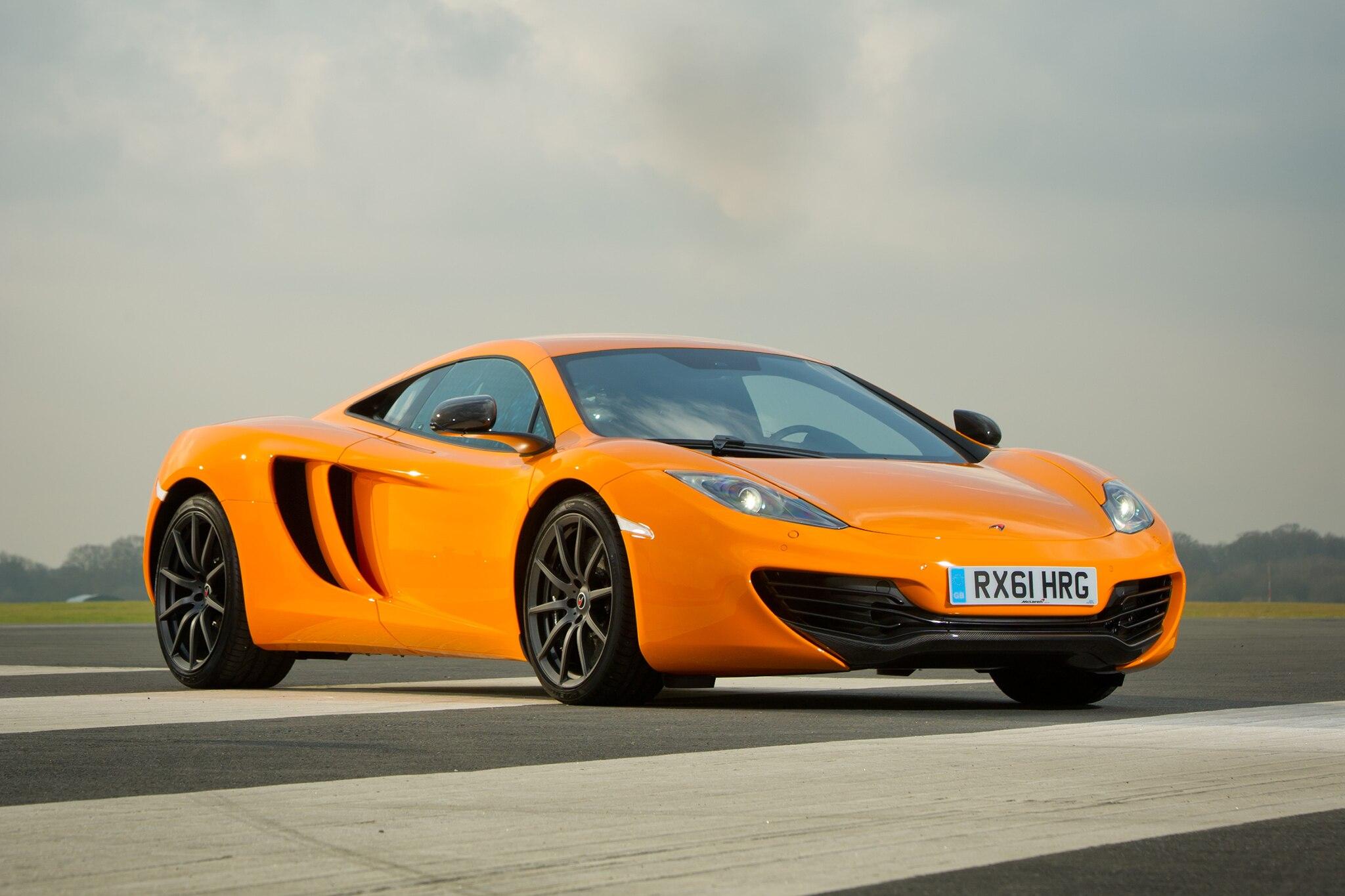 2013 McLaren 12C Front Passengers Three Quarters View Low1