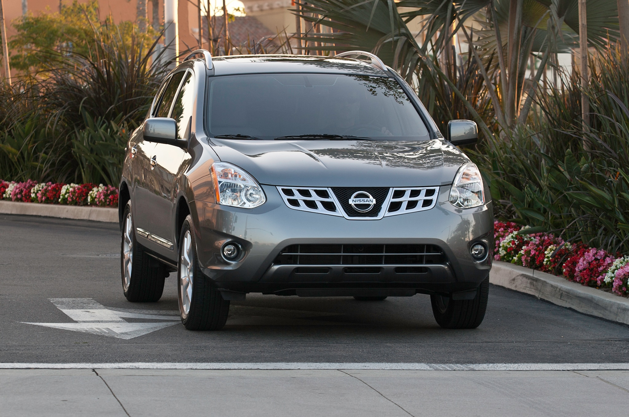2014 nissan rogue select starts at 20850 automobile magazine though vanachro Gallery