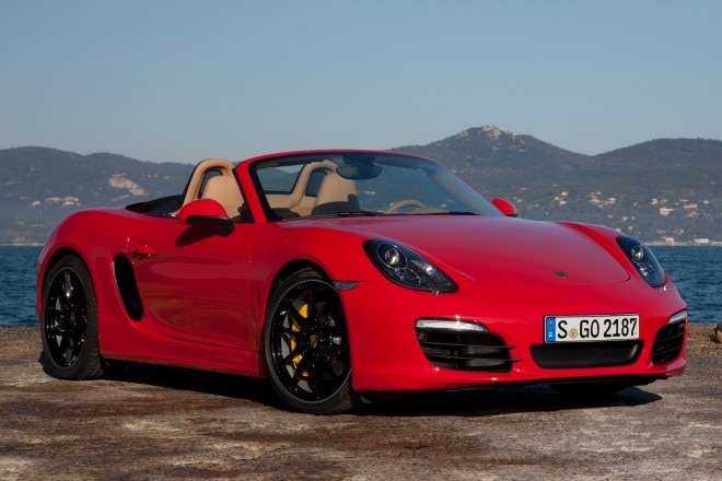 2013 Porsche Boxster Three Quarters View 131 660x440