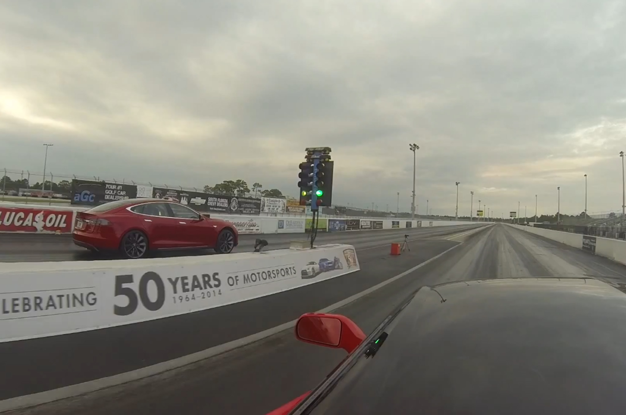 2013 Tesla Model S Drag Race 2