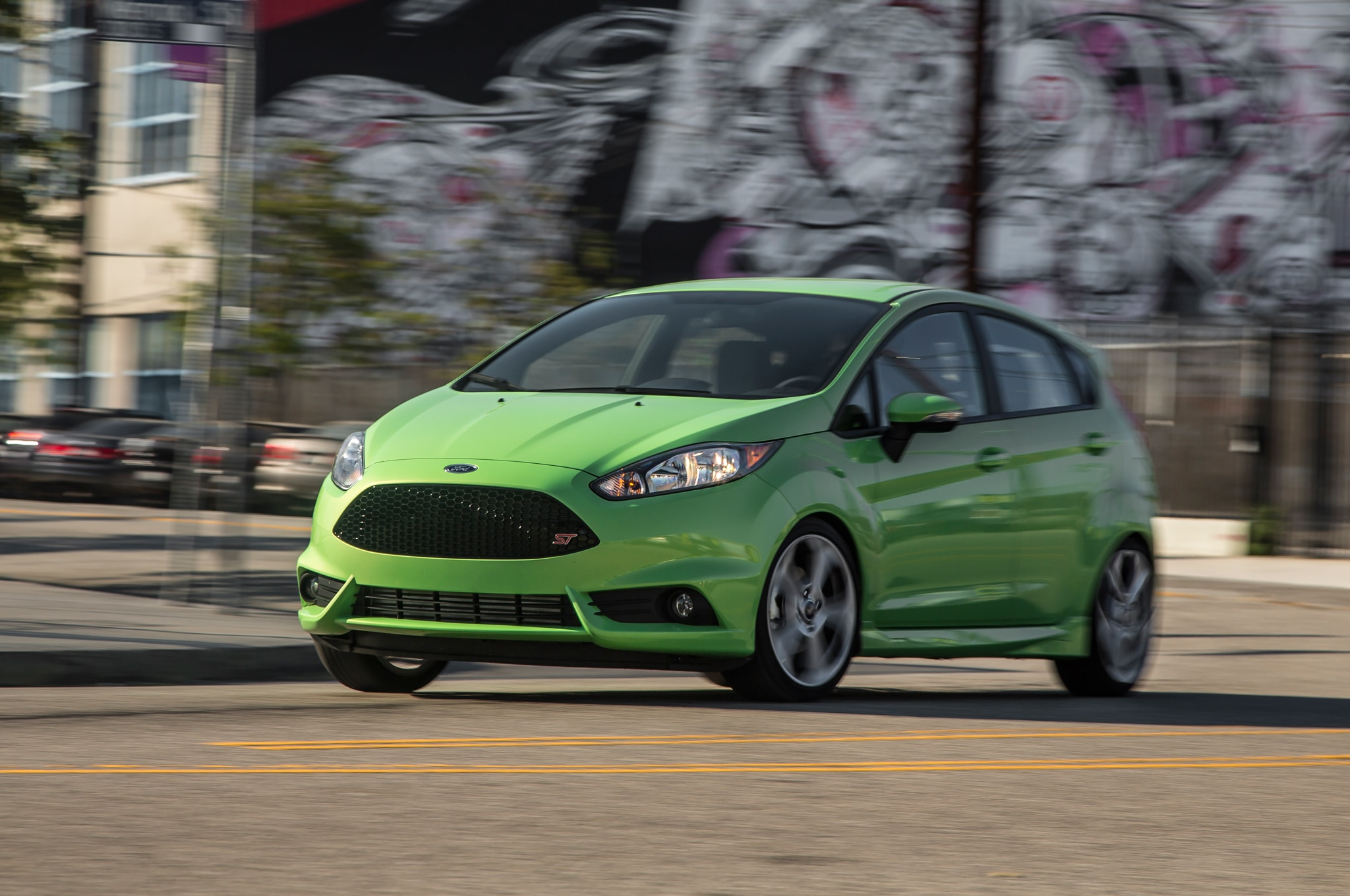 2014 Ford Fiesta ST Front Three Quarters In Motion1
