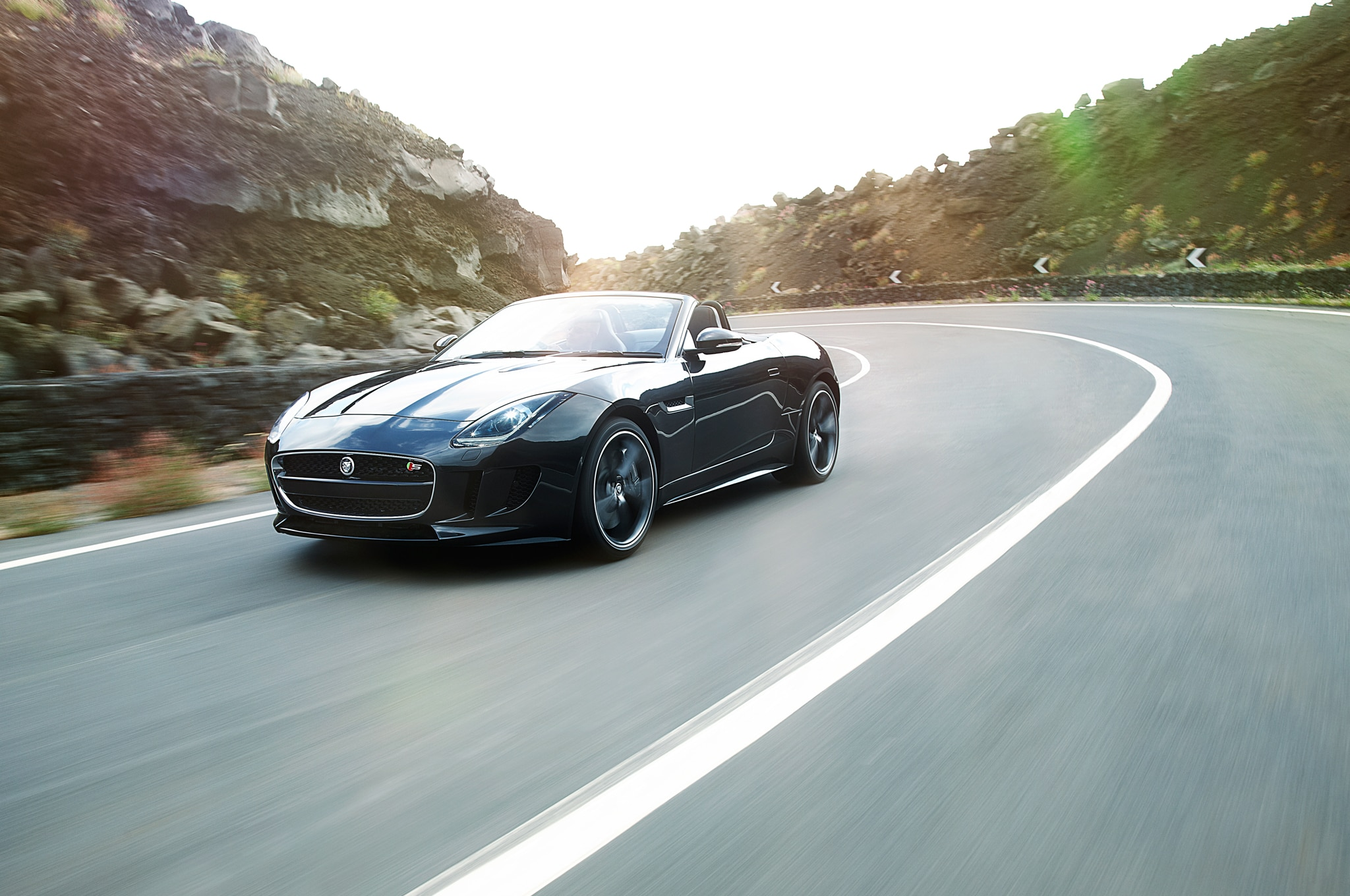 2014 Jaguar F Type S V8 Front Three Quarters In Motion 031