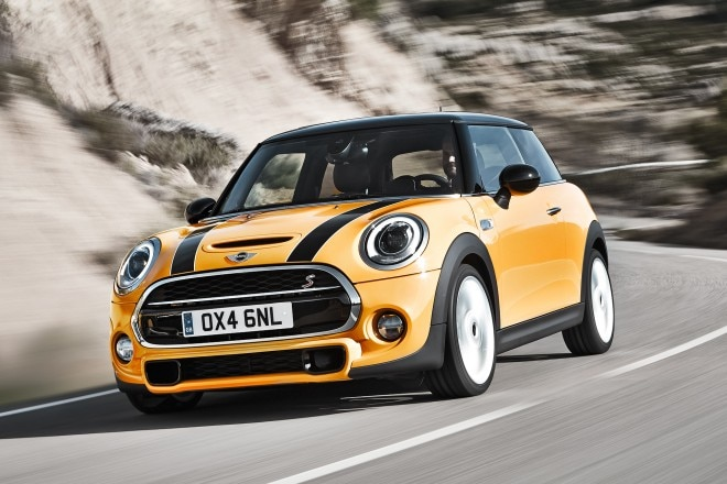 2014 Mini Cooper S Front Three Quarters 01 660x440