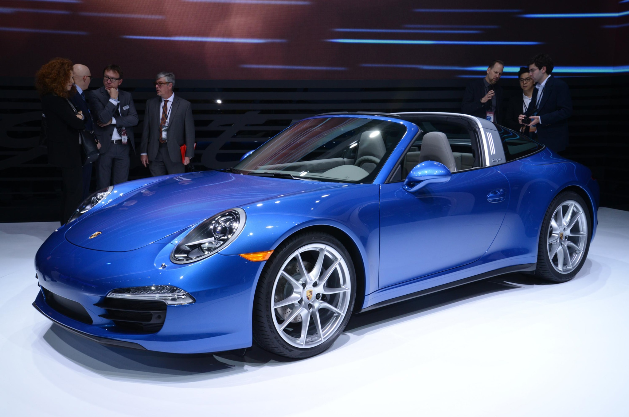 2014 Porsche 911 Targa Front Three Quarter 051