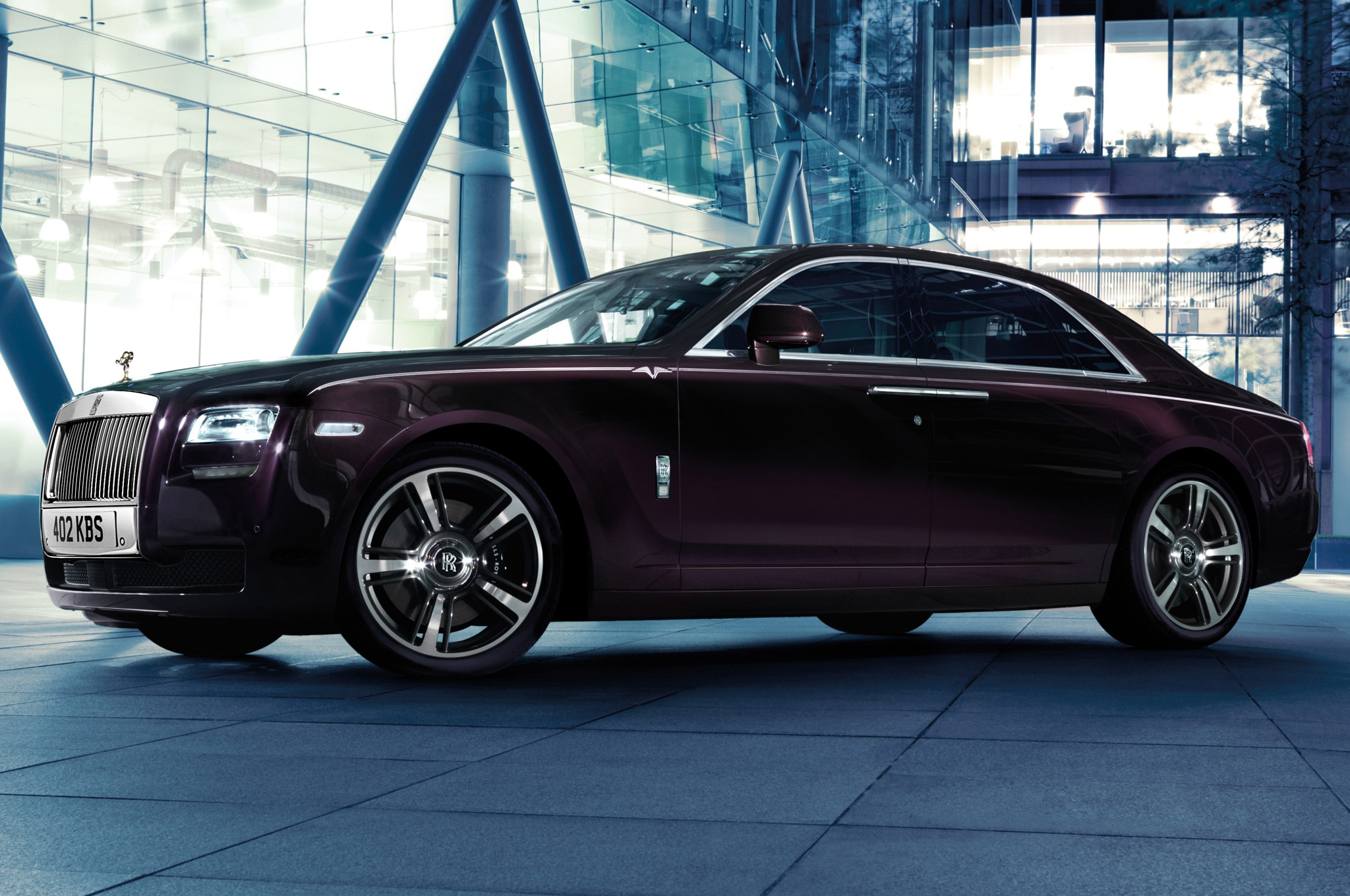 2014 Rolls Royce Ghost V Specification Side View1